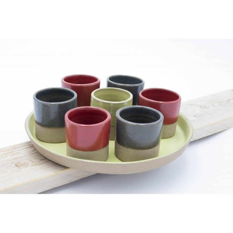Ensemble 7 tasses avec plateau rond (grès)